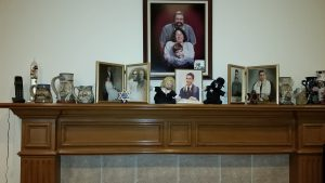 Allan Cantor's family mantle
