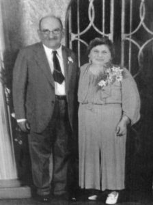 Fonda Arbetter's grandparents Nathan and Frieda Schepps, founders of Schepps Dairy