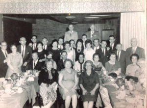 Pearl Friedman's father's family, Pearl's father and mother are in the top left