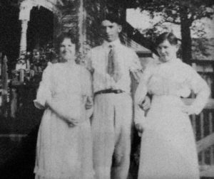 From right to left: Tillie Prengler's mother, her father and her father's sister.